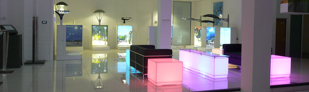 showroom fitting services